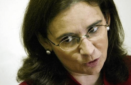 """TERESA LÓPEZ: """"PROPONDRÉ AL COMITÉ DE BIOÉTICA LA REFORMA DE LA LA LEY DEL ABORTO""""   La nueva presidenta del renovado comité defiende la independencia y pluralidad del organismo"""