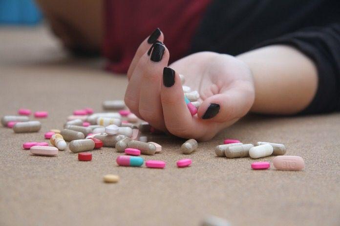 3.910 personas se suicidaron en España en el año 2014/ Pixabay