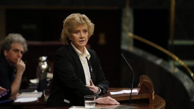 La Defensora del Pueblo, Soledad Becerril, ante el Congreso de los Diputados-Foto: Jaime García