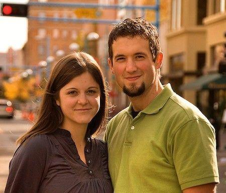 Elaine Huguenin y su esposo, fotógrafos perseguidos por no querer hacer fotos contrarias a su conciencia.