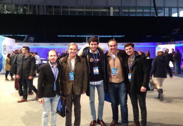 Javier Puente y Luis Peral con Rodrigo Mediavilla en el centro